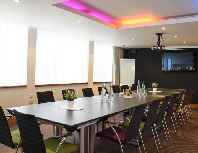 London Hotels January with meeting rooms